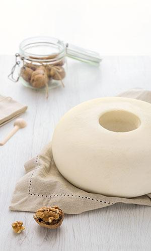 Gioiella Latticini: ciambella a pasta filata