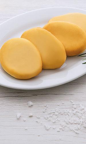 Gioiella Latticini: schiacciatina affumicata di pasta filata